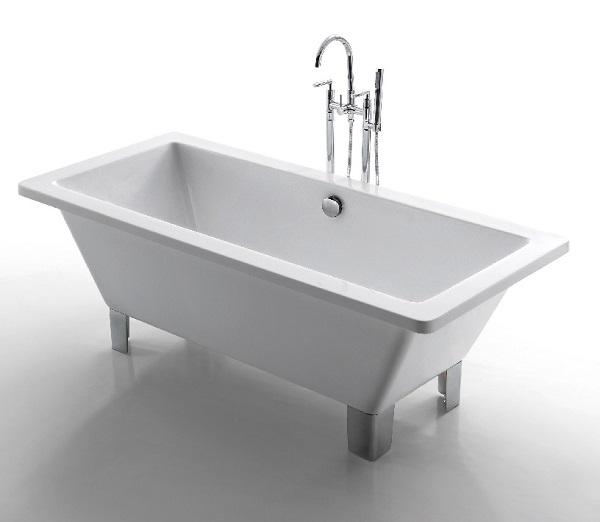 Earl Free Standing Bath