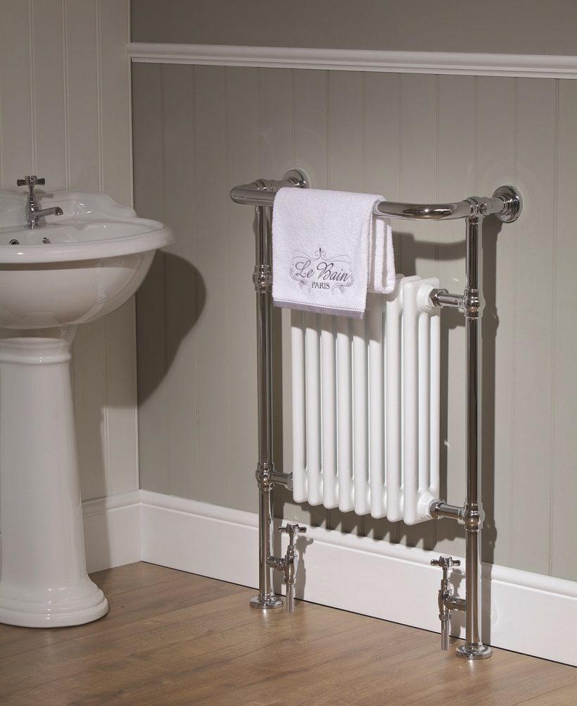 Anton 1 950 x 660 Heated Towel Rail