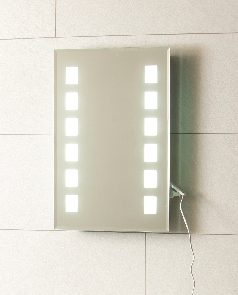 Signia Backlit Mirror 500 x 700
